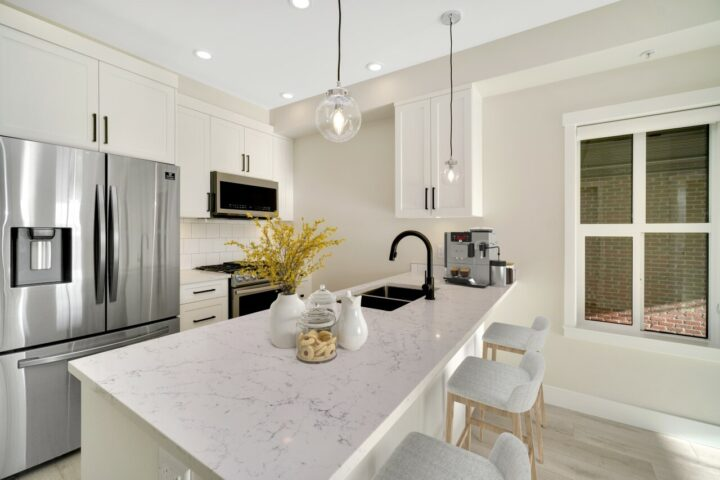 Virtual Property Staging 6